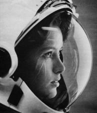 Anne Fisher, a primeira mãe a ir para o espaço – 1980